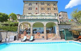 Property for sale in Pisa. Restored country house for touristic business in Tuscany