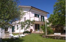 3 bedroom houses for sale in Collecorvino. Property in Collecorvino, Pescara. Italy