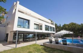 5 bedroom villas and houses by the sea to rent in Costa Dorada. Villa – Tamarit, Catalonia, Spain