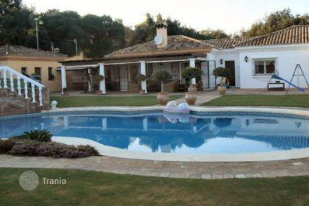 Luxury 4 bedroom houses for sale in Buron. Villa Alta — charming single story house