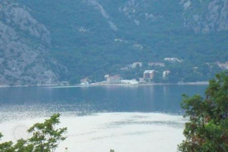 Coastal development land for sale in Kotor (city). Beautiful piece of land at exclusive area of Ljuta/Kotor municipality. Size of the land is 468 m² and it is made out of three cascades