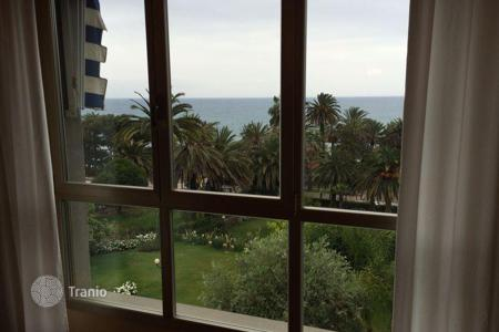 Coastal buy-to-let apartments in Italy. Apartment - Sanremo, Liguria, Italy