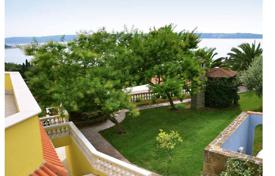 Luxury houses with pools for sale in Portorož. Villa on the Slovenian coast. Fire sale!