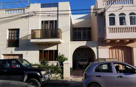 Property for sale in Attard. Terrace house in a nice area of Attard, surrounded with terraced houses and peaceful atmosphere