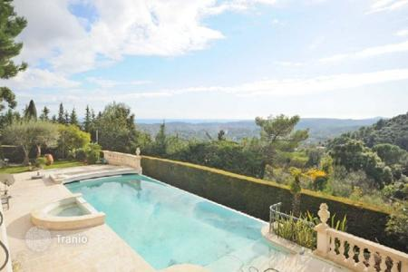 Luxury 5 bedroom houses for sale in Saint-Paul-de-Vence. Villa – Saint-Paul-de-Vence, Côte d'Azur (French Riviera), France