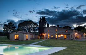 Villas and houses to rent in Tuscany. Villa – Buonconvento, Tuscany, Italy