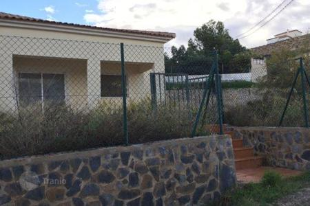 Foreclosed 3 bedroom houses for sale in Busot. Villa – Busot, Valencia, Spain
