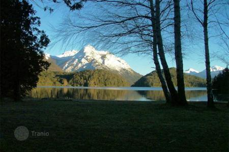 Property for sale in South America. The property is located in San Carlos de Bariloche, Province of Río Negro, on the coastline of Lago Moreno