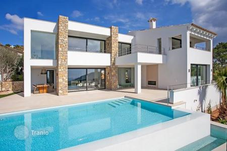 Luxury 4 bedroom houses for sale in Majorca (Mallorca). Modern villa with beautiful sea view in Puerto Andratx, Mallorca, Balearic Islands, Spain