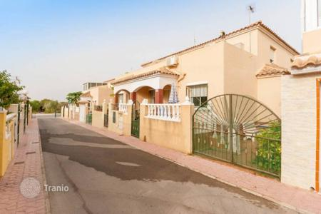 Cheap chalets for sale in Alicante. Chalet - Alicante, Valencia, Spain