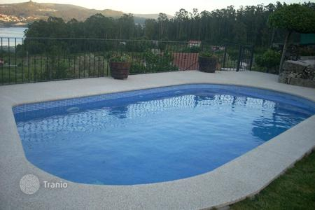 6 bedroom villas and houses to rent in Pontevedra. Detached house – Pontevedra, Galicia, Spain