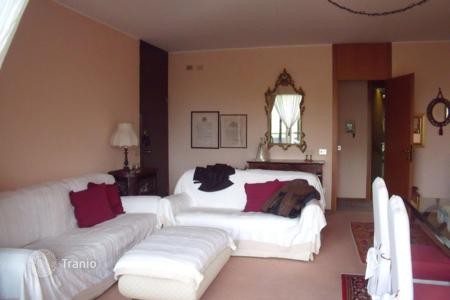 Apartments for sale in Basiglio. Apartment – Basiglio, Lombardy, Italy