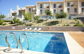 Townhouses for sale in El Campello. Terraced house – El Campello, Valencia, Spain