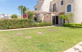 Property for sale in El Paraíso. Beautiful townhouse with private garden, sea and golf views, El Paraiso