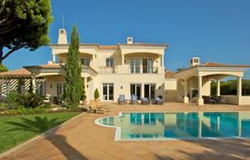Traditional style villa with a pool and sea views, Quinta do Lago, Portugal for 7,979,000 $