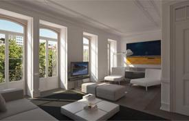Luxury 4 bedroom apartments for sale in Lisbon. Two-bedroom apartment in Lisbon overlooking the Tagus River, in a historic building
