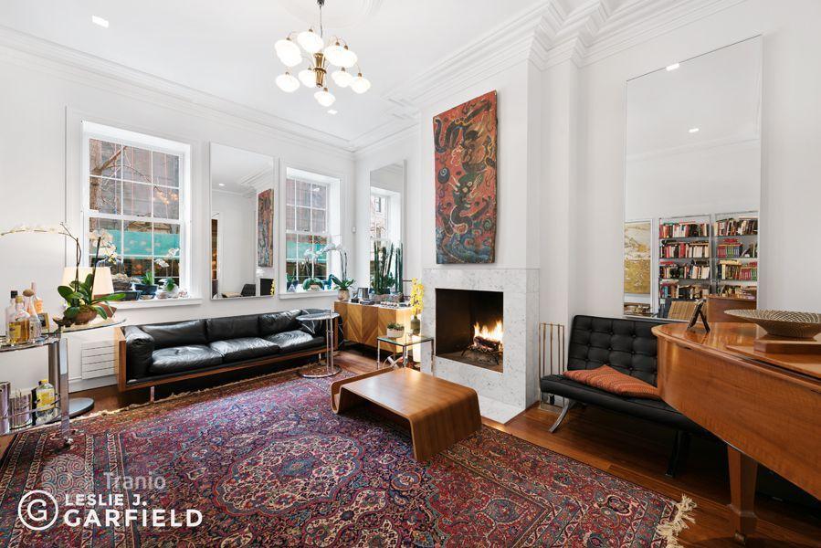 Luxury 4 bedroom houses for sale in new york buy luxury for Luxury houses for sale new york