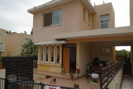 4 bedroom houses for sale in Oroklini. Four bedroom Link Detached House