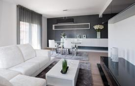 Cheap residential for sale in Portugal. Apartment – Lisbon (city), Lisbon, Portugal