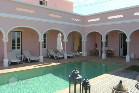 Luxury property for sale in Portugal. Villa – Portimao, Faro, Portugal