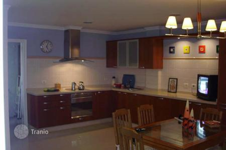 4 bedroom houses for sale in Gran Canaria. Great Terraced Chalet in Arinaga