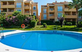 Apartments for sale in Mijas. Furnished apartment with a parking and a terrace in a residential complex with a pool and a garden, Mijas, Spain