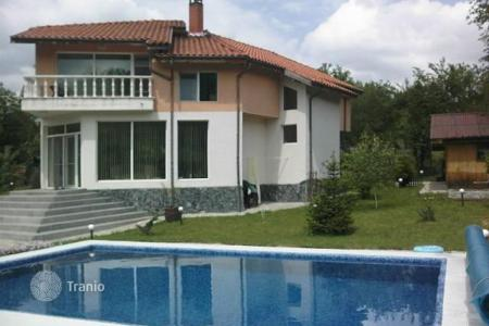 4 bedroom houses for sale in Bulgaria. Detached house – Godech, Sofia region, Bulgaria