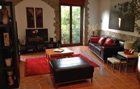 Coastal penthouses for sale in Barcelona. Spacious penthouse for sale in Born, Barcelona