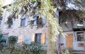 Three-storey stone villa with a pool, Impruneta, Tuscany, Italy for 595,000 €