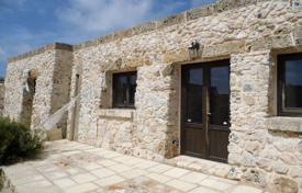 Houses for sale in Apulia. Stony building, Santa Maria di Leuca, Italy