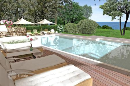Houses with pools for sale in Tuscany. Villa – Castiglioncello, Tuscany, Italy