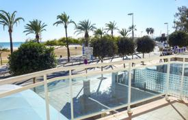 2 bedroom apartments for sale in Tarragona. Apartment with a terrace and a sea view, Cambrils, Spain