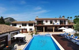 5 bedroom houses for sale in Pollença. Restored estate with a swimming pool, a jacuzzi and a garden, Pollensa, Spain. Excellent investment opportunities!