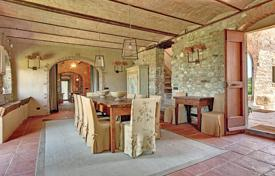 5 bedroom villas and houses to rent in Tuscany. Villa – San Casciano In Val di Pesa, Tuscany, Italy