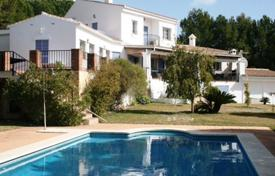Mediterranean style villa with a private garden, a pool, a garage, a terrace and a sea view, Mijas, Spain for 850,000 €