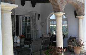 Cheap houses for sale in Andalusia. Villa – Manilva, Andalusia, Spain
