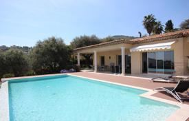 Houses with pools for sale in Côte d'Azur (French Riviera). Traditional villa with a pool, terraces and sea views, Antibes, France
