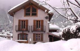 Residential to rent in Chamonix. Chalet – Chamonix, Auvergne-Rhône-Alpes, France