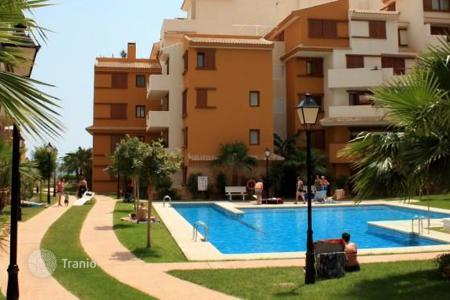 New homes for sale in Costa Blanca. Apartments in a new residential complex in Punta Prima, Orihuela Costa