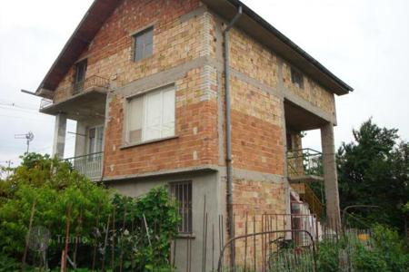 Cheap 2 bedroom houses for sale in Bulgaria. Detached house - Plovdiv, Bulgaria