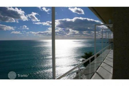 Luxury property for sale in El Campello. Villa of 5 bedrooms with pool and panoramic sea views in El Campello