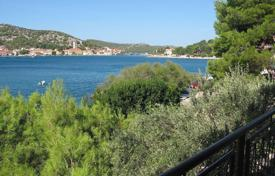 Residential for sale in Sibenik. House by the sea Murter