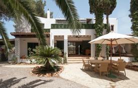 Coastal property for sale in Ibiza. A recently refurbished, three self-contained apartments villa, moments from the beach and Santa Eulalia town center