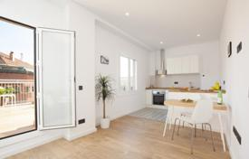 2 bedroom apartments for sale in L'Eixample. Beautiful penthouse with a spacious terrace in the Eixample district, Barcelona, Spain