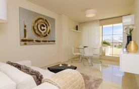 Cheap new homes for sale in Valencia. Seaview apartment with a terrace, in a new secured residence with a pool and a covered parking, Sierra Cortina, Finestrat