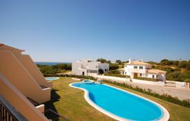 Development land for sale in Algarve. Development land – Albufeira, Faro, Portugal