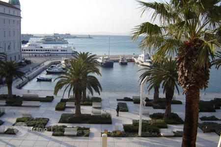 Coastal apartments for sale in Split-Dalmatia County. Apartment - Split, Croatia