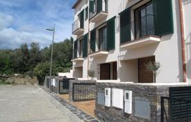 Townhouses for sale in Cadaqués. Terraced house – Cadaqués, Catalonia, Spain