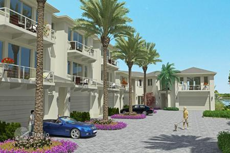 2 bedroom houses for sale in North America. Villas Condominium in Palm Beach