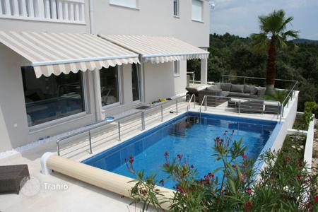 Houses with pools by the sea for sale in Sibenik-Knin. Villa - Sibenik, Croatia